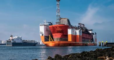 cea-mai-mare-nava-submersibila-din-lume